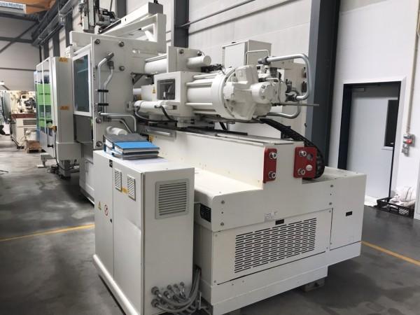 Krauss Maffei KM 500 - 3000 CX incl. Roboter LRX 350